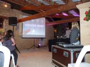 animation karaoké au bar du camping la butte en dordogne perigord-noir