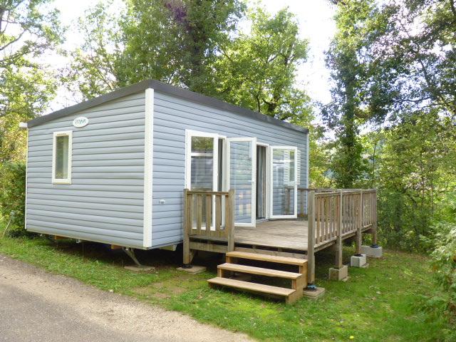 location mobile-home mercure avec terrasse au camping la butte a la roque gageac en dordogne perigord