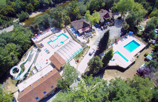 Campsite on the riverside Dordogne in La Roque Gageac, Camping*** La Butte