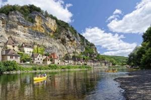 le village de la roque gageac commune du camping dordogne 3 etoiles la butte