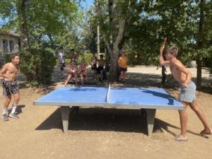 animation enfant et tournoi de tennis de table en camping dordogne perigord